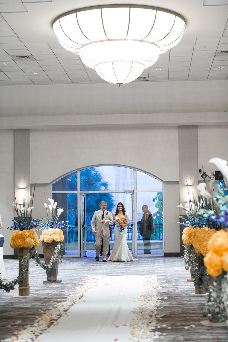 Epic-Hotel-Weddings-016