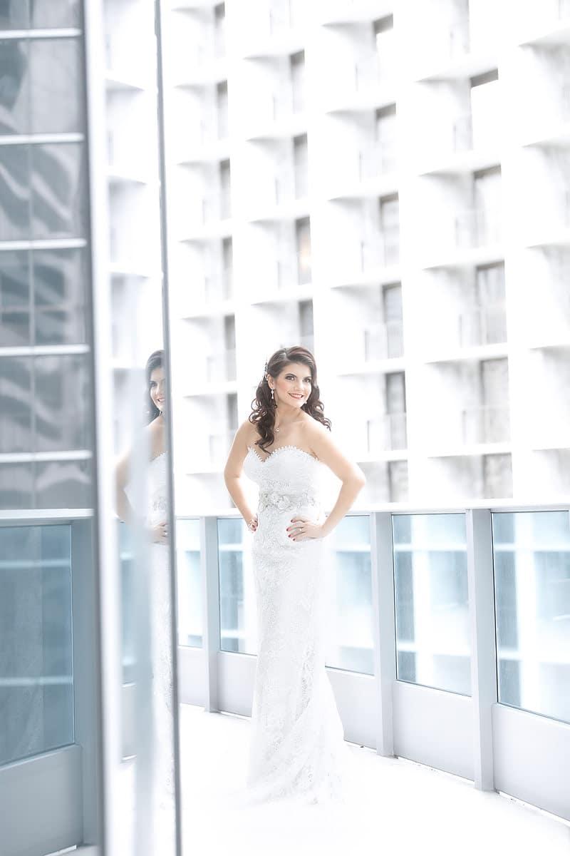 Epic-Hotel-Weddings-041